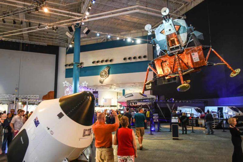 Risultati immagini per Space Centre Houston